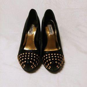 💋 Olsenboye Black Stilettos w/ Gold Studs 💋